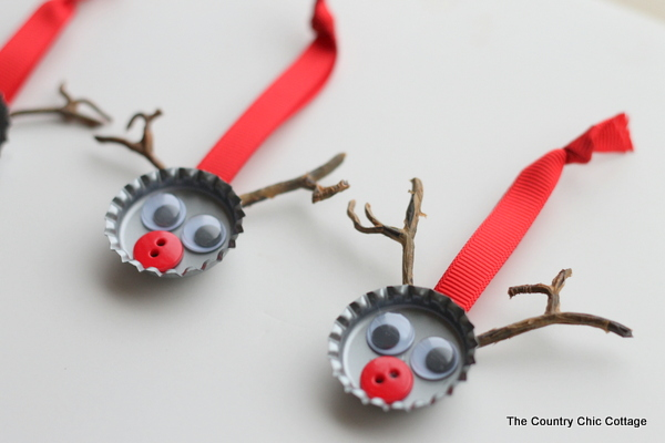 bottle cap reindeer-002