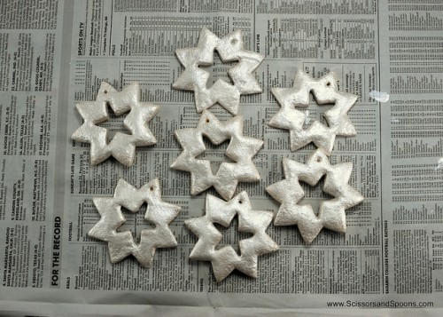 diy-christmas-ornaments-of-salt-dough-6-500x357
