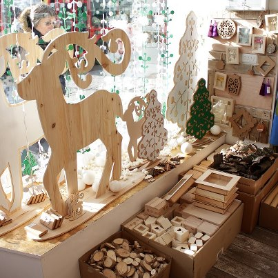 sleigh window