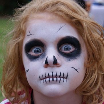 5 Best Easy Halloween Face Painting Ideas – CreativeBusStop