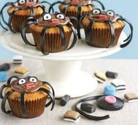 Spider cakes : make your own legs