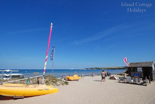 studland_beach_boats