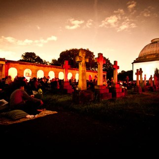 outdoor-cinema-brompton-cemetery