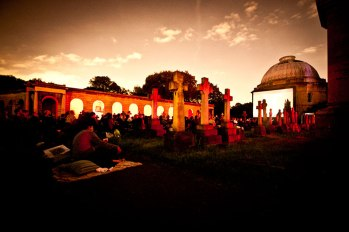 outdoor-cinema-brompton-cemetery