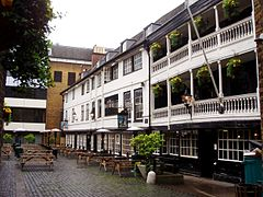 The_George_Inn_1
