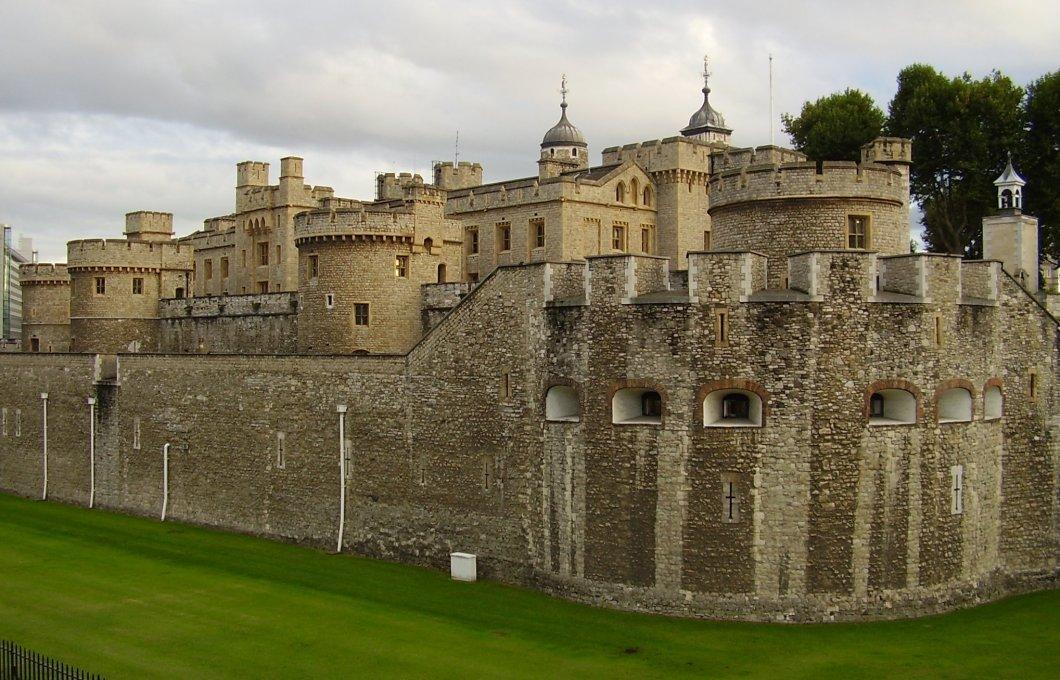 London_Tower02.jpg